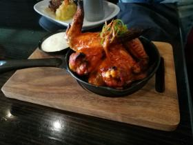 The Rose Spicy Chicken Wings