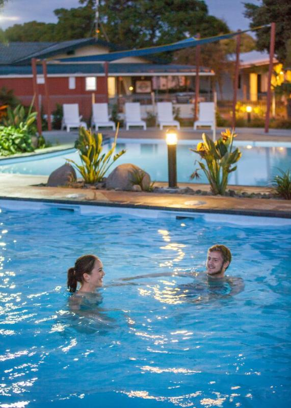 Kennedy Park Resort - heated pool complex
